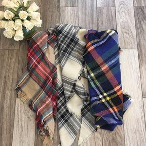 Lot of Blanket Scarves
